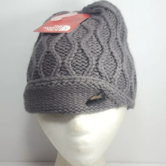 5ebd0913e92 The North Face Cable Knit Grey Beanie Womans